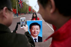 """Prime Minister David Cameron has hailed the visit as an """"important moment"""" in relations between the UK and Beijing."""