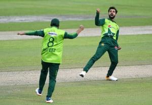 Shadab celebrates the wicket of Banton.