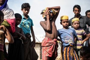 A group of Rohingya children