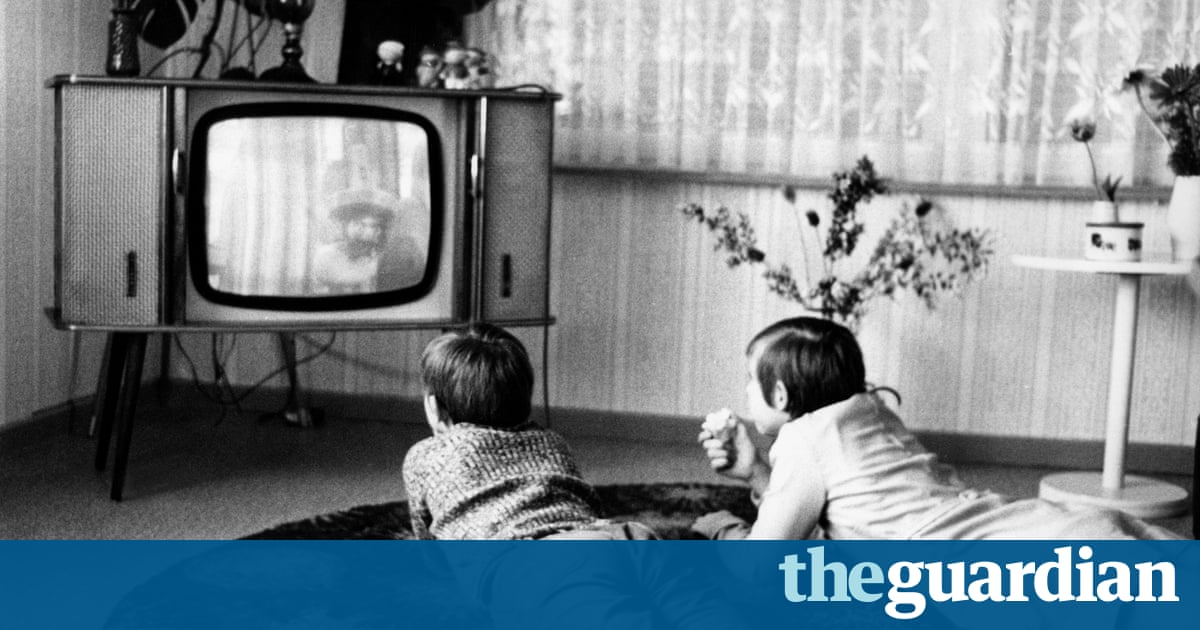 Lazy  On average  children spent     hours per day watching TV or playing on Buzzle