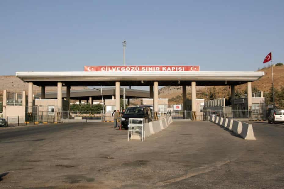 The Cilvegozu border crossing between Turkey and Syria.