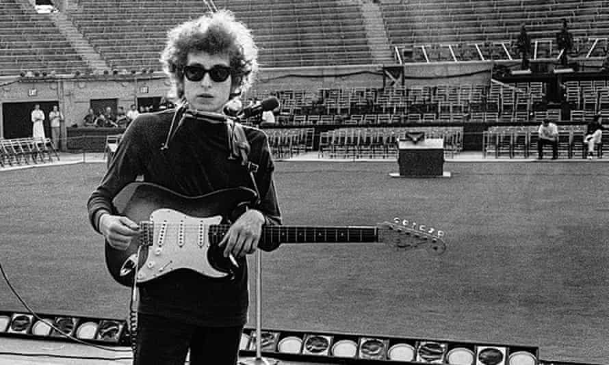 Soundcheck before the show, Forest Hills Tennis Stadium, Queens, New York, August 28 1965
