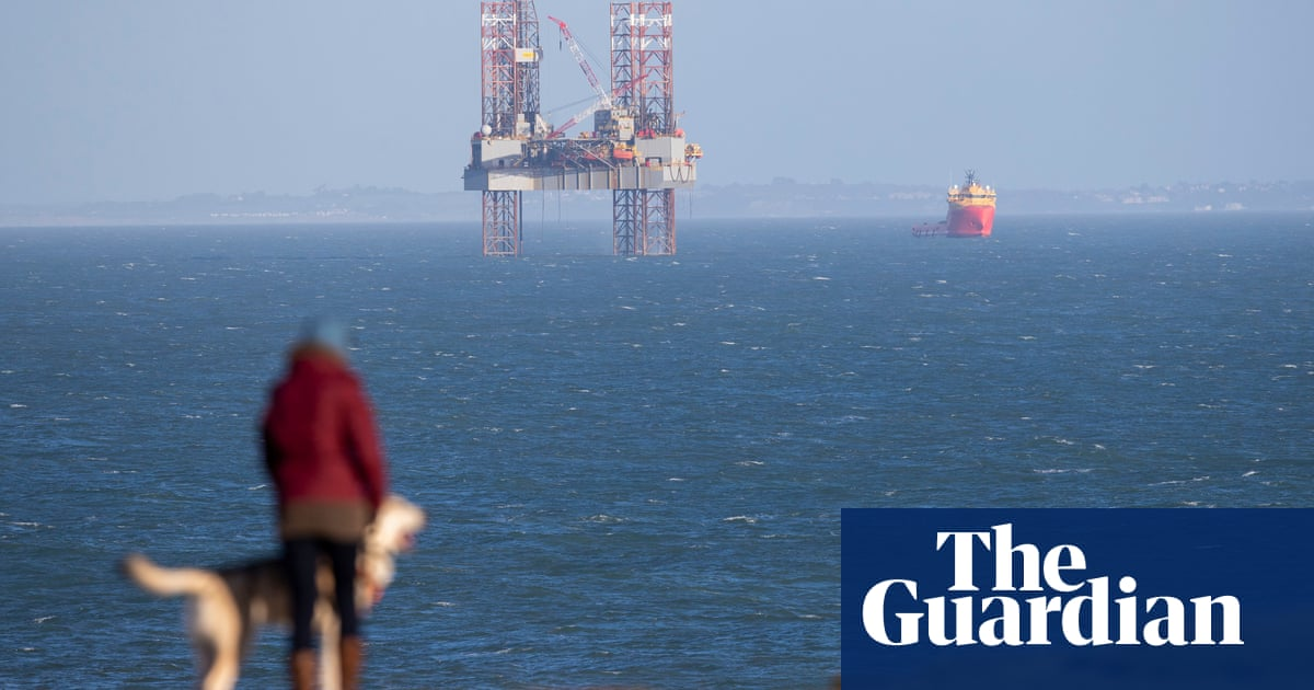 Oil firm aims to extend Dorset coast drilling despite marine