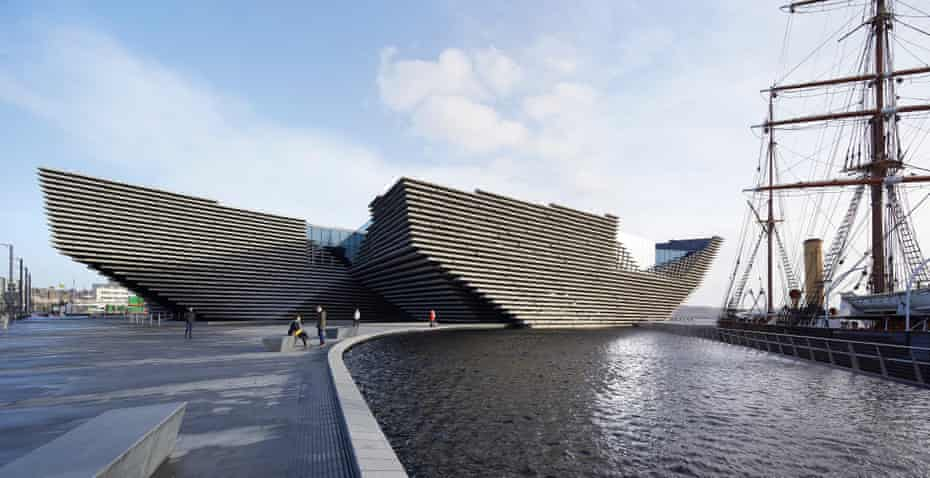 The V&A alongside the RRS Discovery in Dundee.