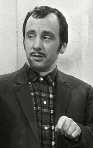 Andrew Sachs in Fraud Squad
