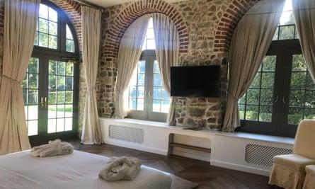Bedroom, Slebech Park Estate,