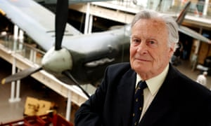 Geoffrey Wellum, author of First Light (2002), in which he looked back on his life as a Spitfire pilot in the second world war.
