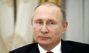 Vladimir Putin emphasised the denial by saying 'no' in English.