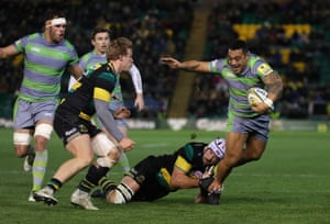 Sinoti Sinoti breaks clear to score of Newcastle's first try during their victory against a woefully out of form Saints.