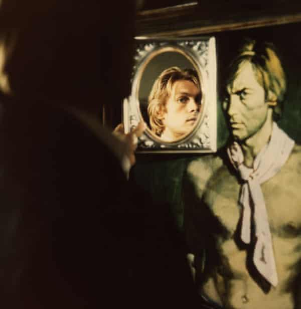Helmut Berger in Massimo Dallamano's 1970 film Dorian Gray.