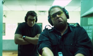 Jonah Hill and Miles Teller in War Dogs