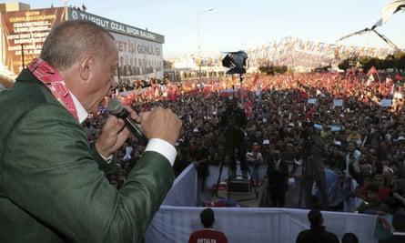 Recep Tayyip Erdoğan addresses supporters at a rally in Antalya, Turkey