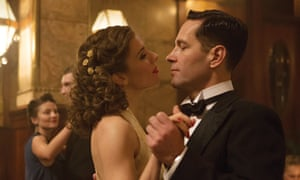 Paul Rudd and Sienna Miller in The Catcher Was a Spy.