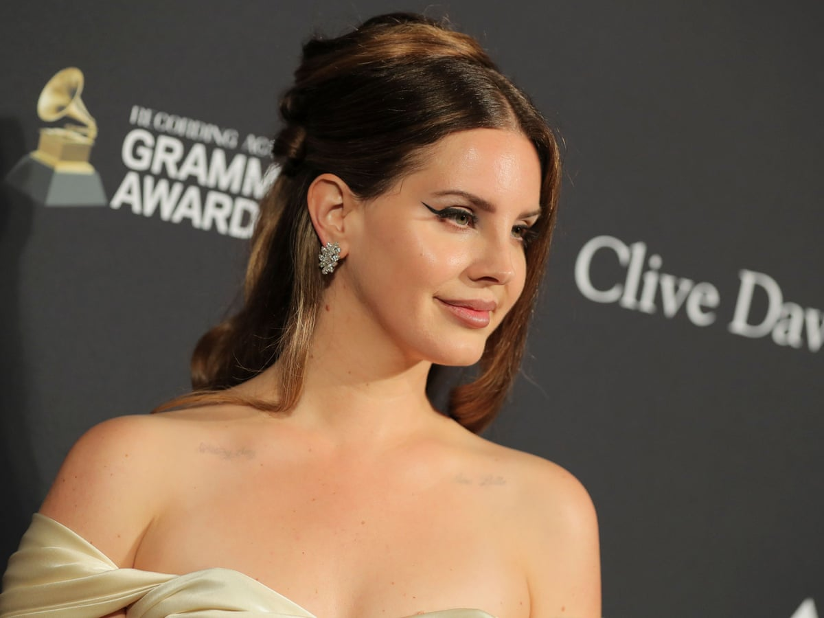 lana del rey s swipes at her peers of colour undermine her feminist argument lana del rey the guardian lana del rey