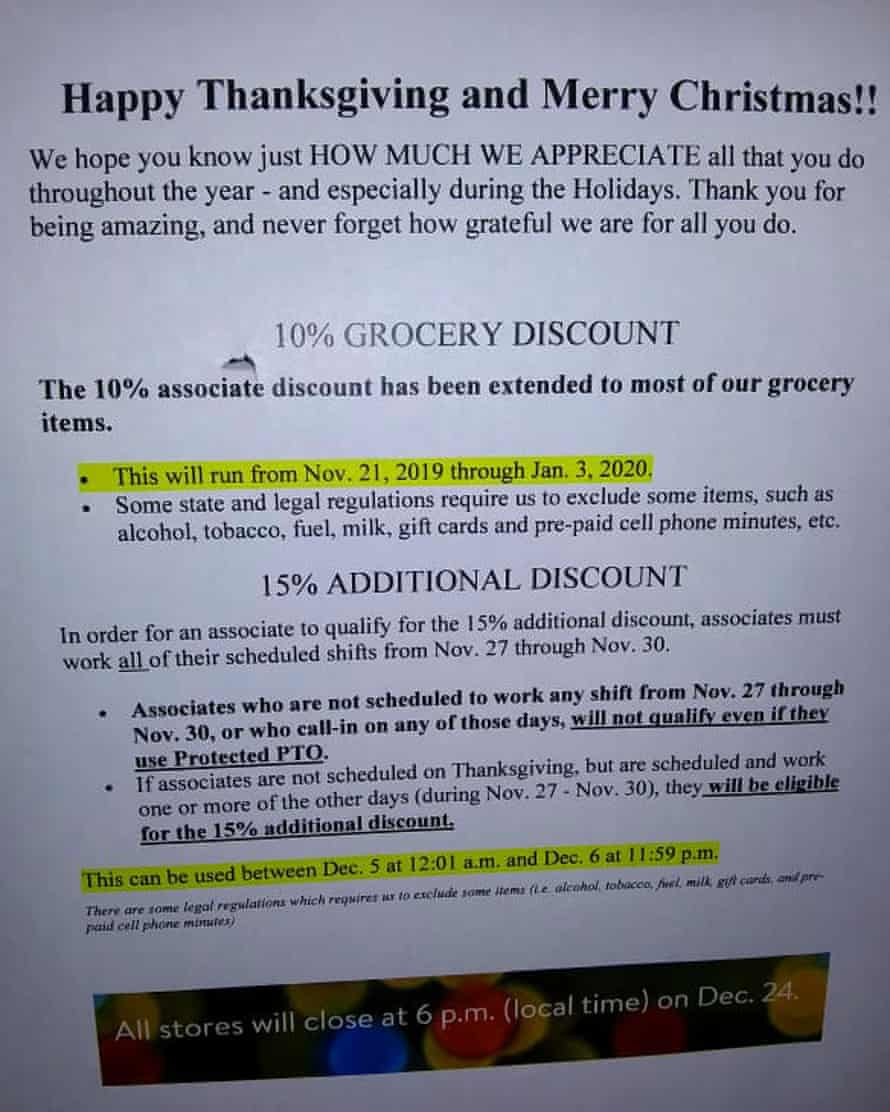 A flyer from Walmart stating their policy during Thanksgiving period.