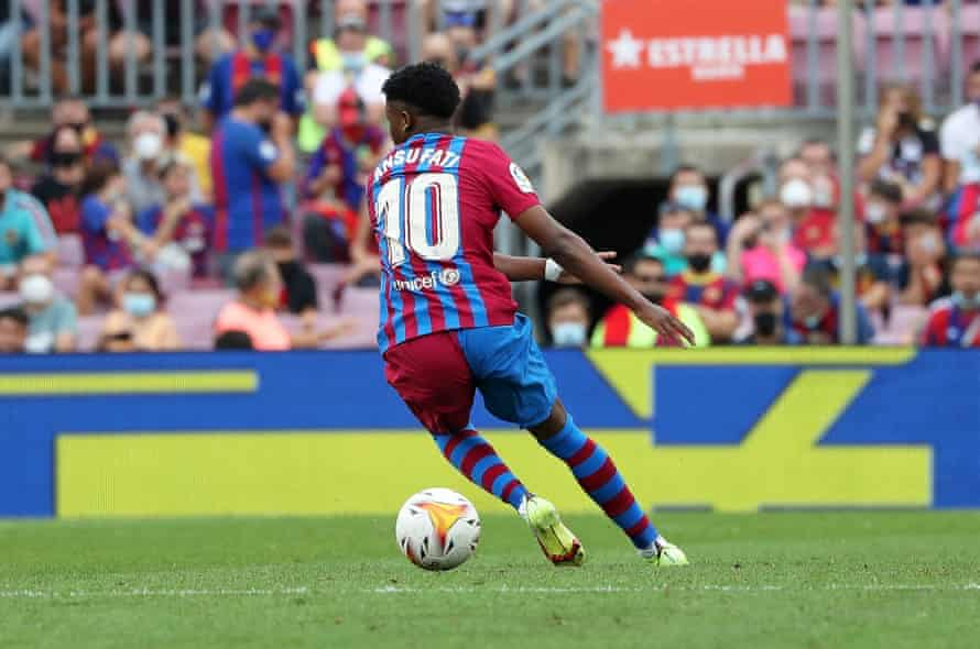 Ansu Fati was one of eight Barcelona graduates who played against Levante.