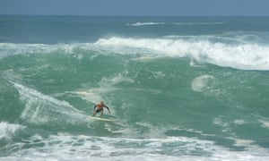 Kelly Slater surfing at Waimea.
