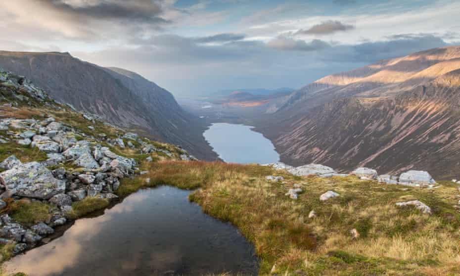 View over Loch Einich in the Cairngorms, Scotland.