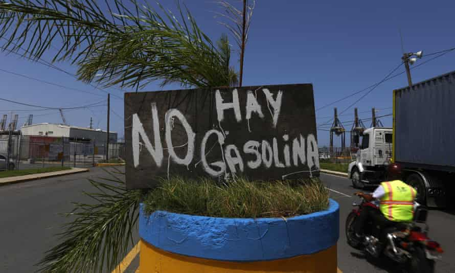 A banner reading 'There is no gasoline' in San Juan, Puerto Rico, 28 September 2017