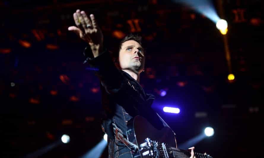 Muse … Matt Bellamy demonstrates his famous levitation trick.