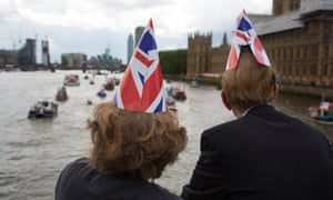 People watching the Vote leave flotilla on the Thames