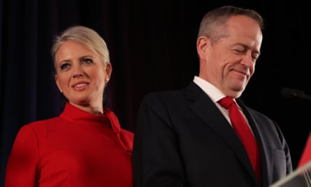 Bill Shorten addresses the disappointed party faithful on election night.