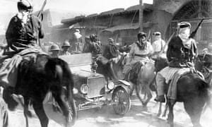 Allied forces and members of the Sharifan Army mingle on the streets of Damascus after the capture of the city in October 1918.