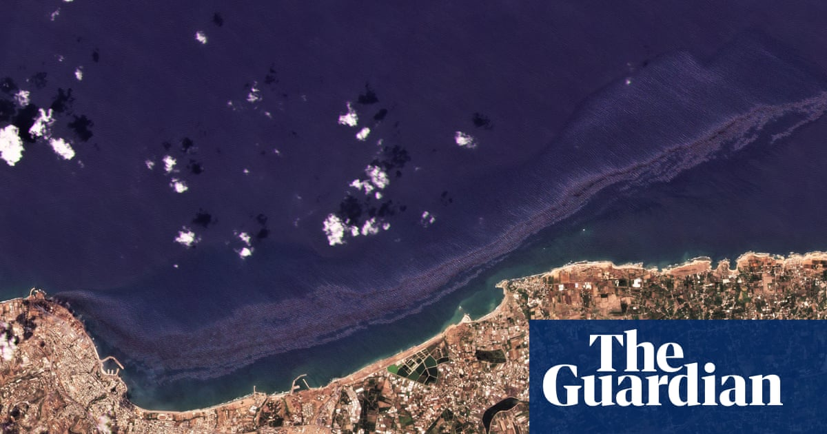 Cyprus prepares for Mediterranean oil spill from Syrian power plant