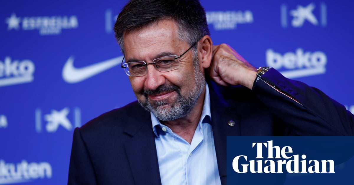 Bartomeu's mic drop and another injury for Liverpool – Football Weekly