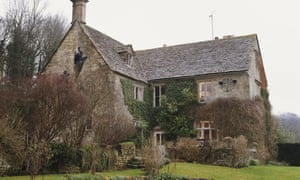 """""""Jilly Cooper's House<br>The country home of English author Jilly Cooper in Bisley, Gloucestershire, 4th February 2000. (Photo by Bryn Colton/Getty Images)"""""""