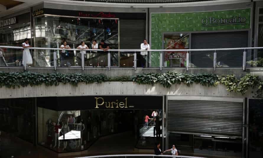 Venezuela malls electricity blackouts
