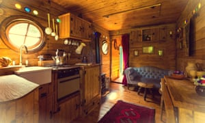 Hobbit Box Interior