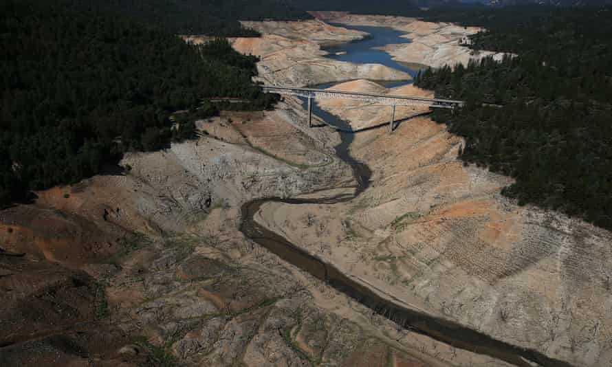 The Enterprise Bridge passes over a section of Lake Oroville that is nearly dry on 19 August 2014 in Oroville, California. The region is in the grip of a 20-year megadrought, research suggests.