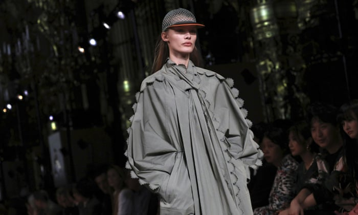 Stella Mccartney S Climate Credentials Bang On Trend In Paris Fashion The Guardian