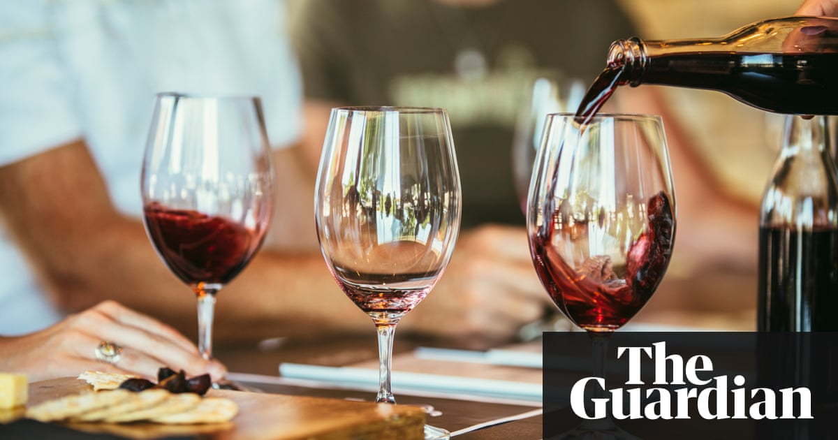 Extra glass of wine a day 'will shorten your life by 30 minutes' – Trending Stuff