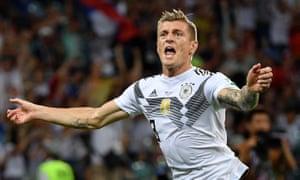 Toni Kroos celebrates