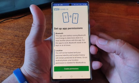 MPs and peers call for legal requirement to delete UK contact-tracing data