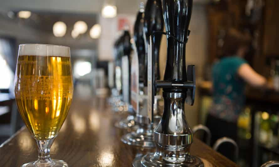 Data shows the number of licensed premises in Great Britain declined by 5.1%.