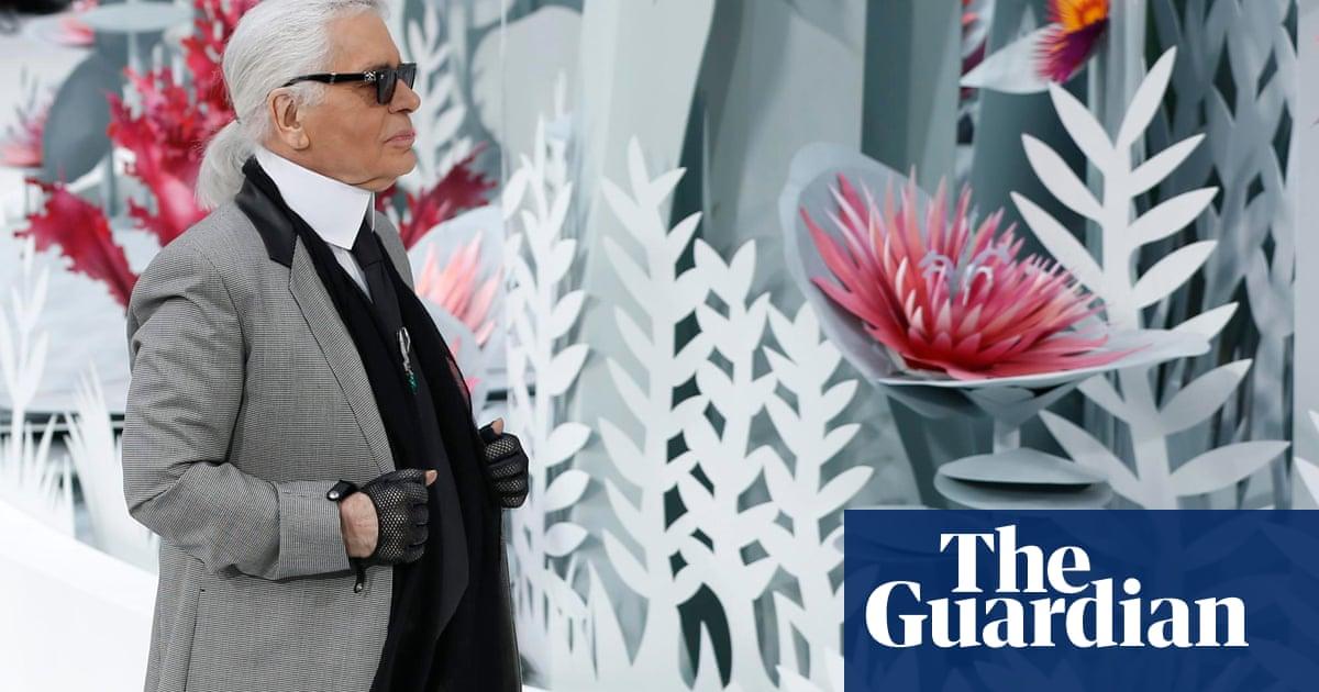 eb215f3859a2da Karl Lagerfeld's garden-themed show raises a smile for Chanel ...