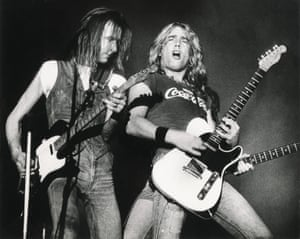 Francis Rossi and Rick Parfitt perform at Ahoy, Rotterdam, on 15 August 1976