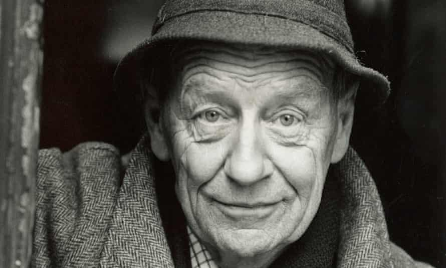 Every sentence William Trevor wrote was perfectly crafted, yet he had a love of storytelling: his first loyalty was always to the reader's desire to find out what was going to happen next.