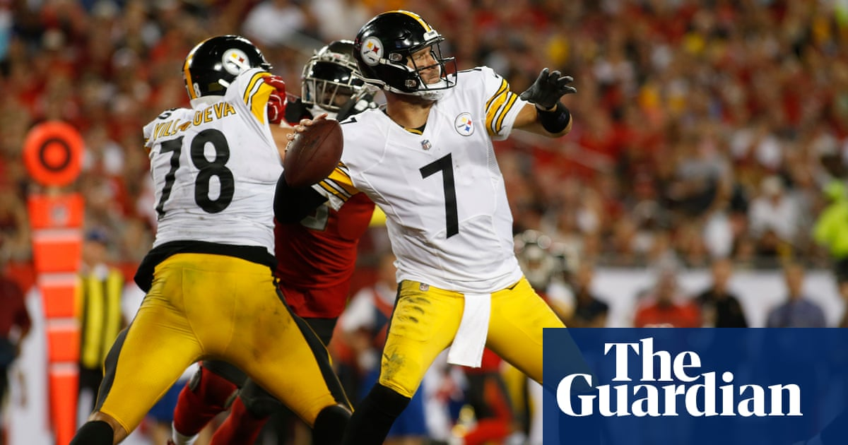 Roethlisberger's Steelers hold off late Buccaneers rally as 'FitzMagic' runs dry   Sport   The Guardian