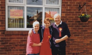 Jo Cox with her parents