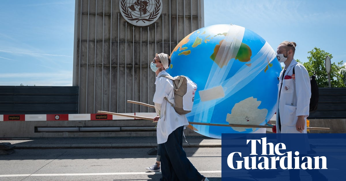 UK medical schools must teach about climate crisis, say students