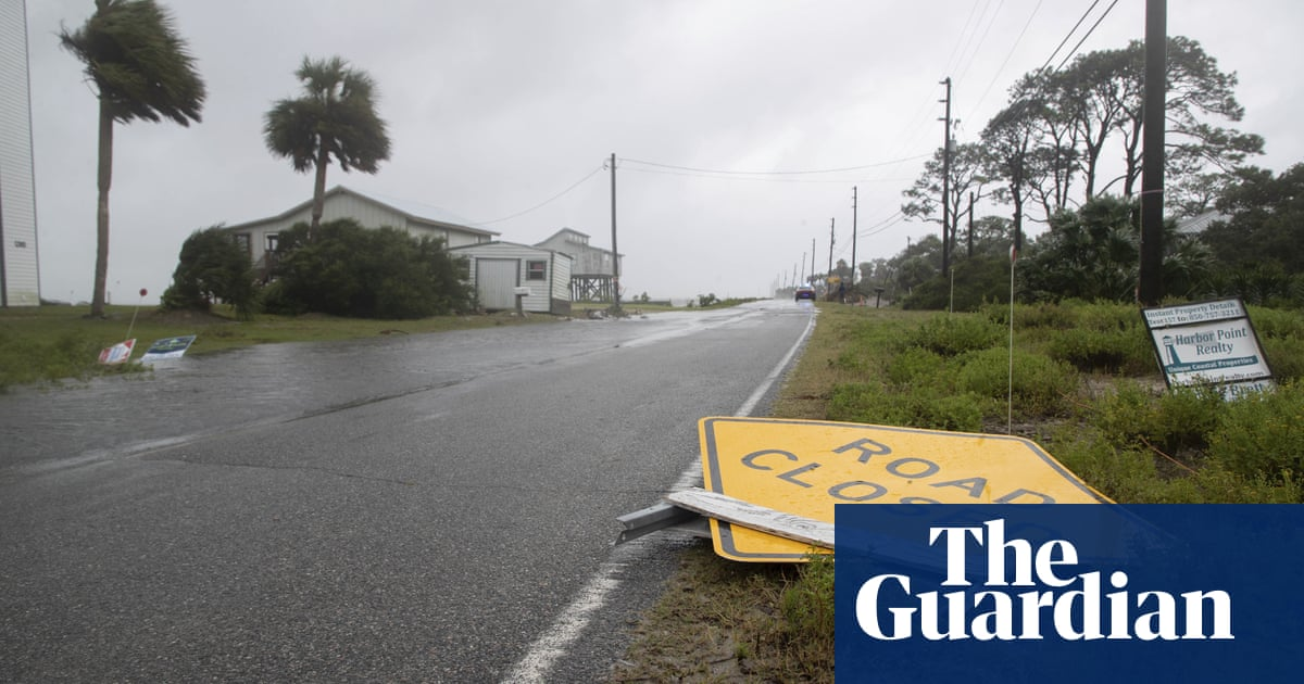 Tropical Storm Fred lashes Florida with heavy rain and howling winds