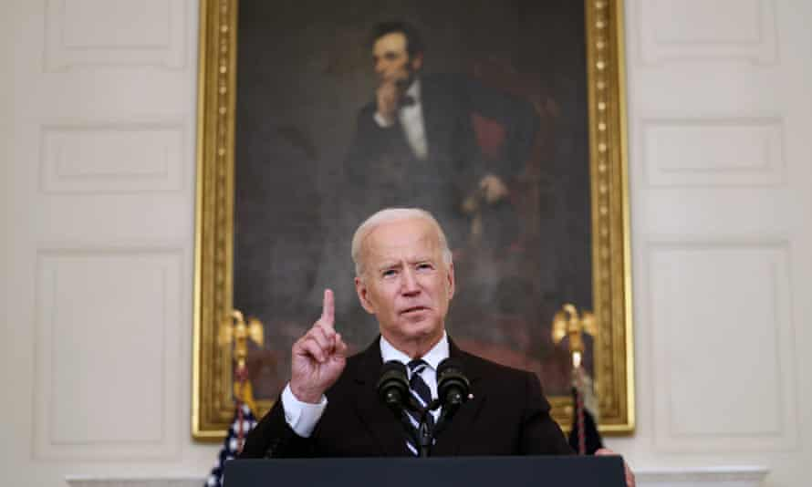 Joe Biden announces vaccine mandates at the White House on Thursday.