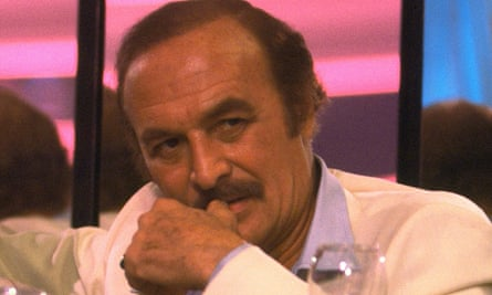 Robert Loggia as Frank Lopez, the cocaine smuggler, in Scarface, 1983.