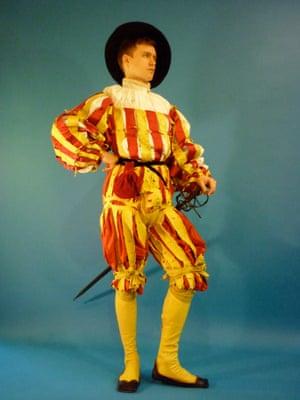 Reconstruction of an outfit worn by Matthäus Schwarz