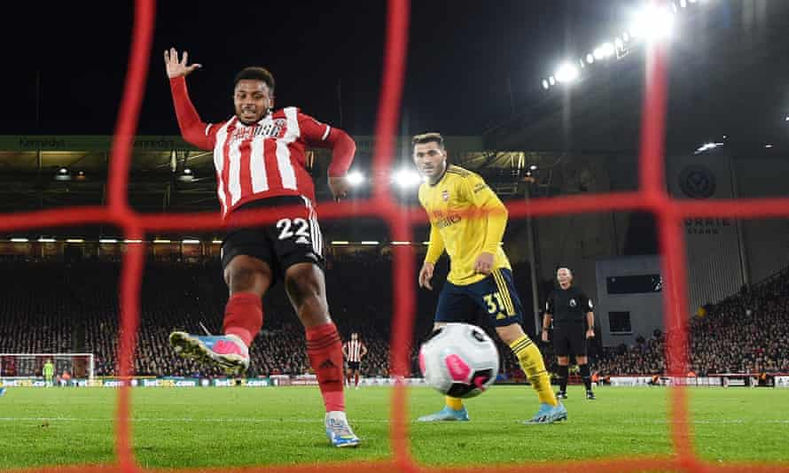 Lys Mousset gives Sheffield United the lead in the first half against Arsenal.