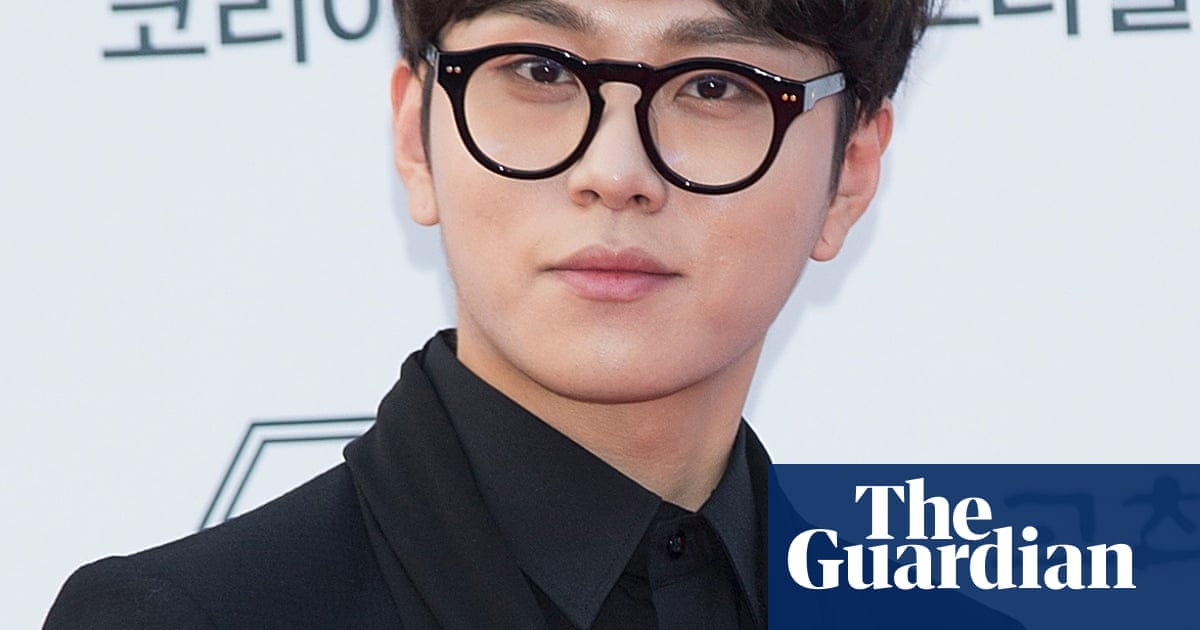 69ef72de7e  I was stupid   K-pop scandal engulfs third star who admits watching secret  sex video